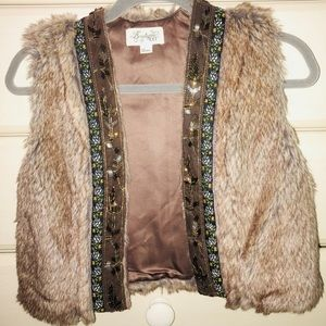 Cute faux fur vest with colorful beading detail